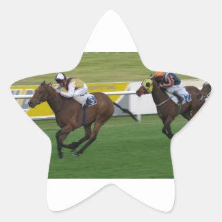 Carrera de caballos en imágenes del césped del ji colcomanias forma de estrella personalizadas