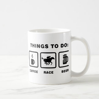 Carrera de caballos tazas de café