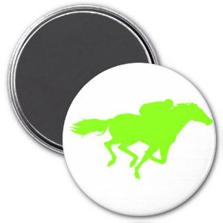 Carrera de caballos verde chartreuse, de neón iman de frigorífico
