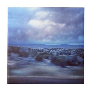 Carretera de New México en la oscuridad Teja
