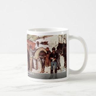 Carretera nacional con los campesinos y los soldad tazas de café