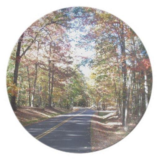 Carretera nacional del otoño platos para fiestas