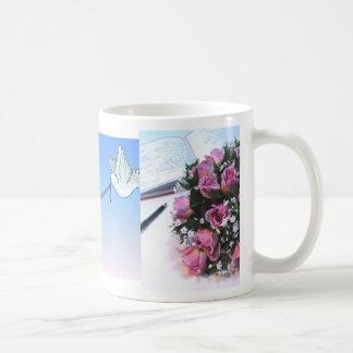 Carrier Doves & Wedding Symbols Favor Mug (1)