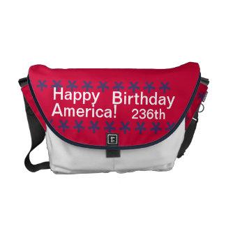 carrito 1776 de América del feliz cumpleaños del ~ Bolsas De Mensajería