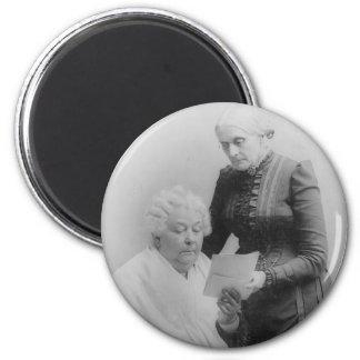 Carrito Stanton y Susan B. Anthony de Elizabeth Imán Redondo 5 Cm