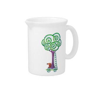 Carro con el árbol mágico jarra para bebida