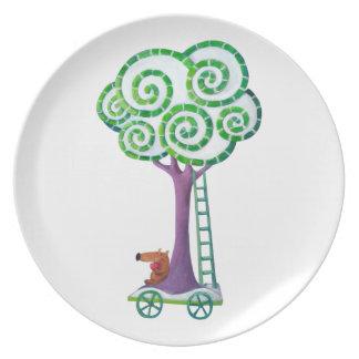 Carro con el árbol mágico platos para fiestas