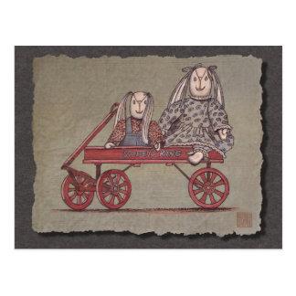 Carro, conejo y muñecas rojos tarjeta postal