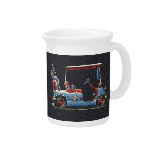 Carro de golf lindo jarras de beber