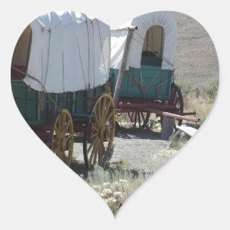 Carros cubiertos pegatina en forma de corazón