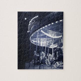Carrusel blanco y negro rompecabeza con fotos