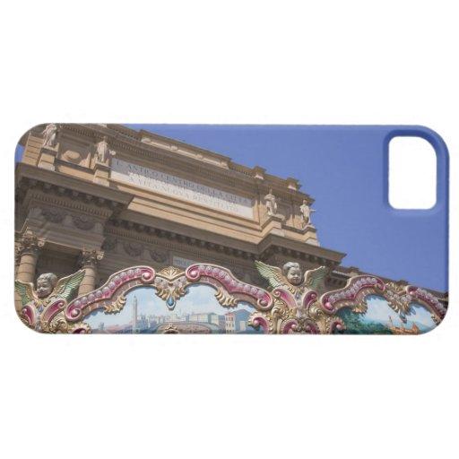 carrusel decorativo pintado con las imágenes de iPhone 5 Case-Mate coberturas