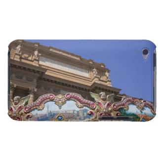 carrusel decorativo pintado con las imágenes de iPod Case-Mate funda