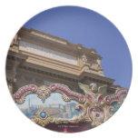 carrusel decorativo pintado con las imágenes de platos para fiestas