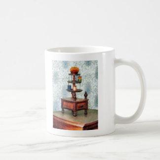 Carrusel del hilo taza clásica