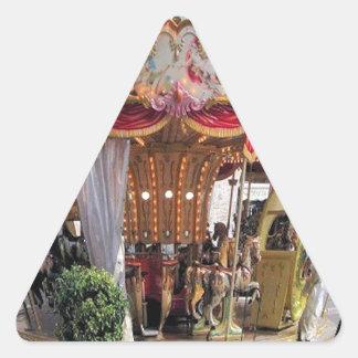Carrusel italiano floral Pentágono del pastel y Pegatina Triangular