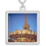 Carrusel, torre Eiffel, París, Francia Colgante Cuadrado