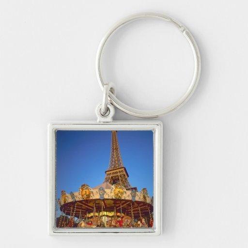 Carrusel, torre Eiffel, París, Francia Llavero Cuadrado Plateado