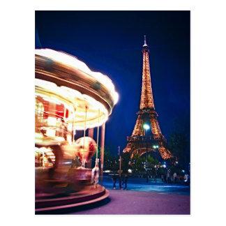 Carrusel y torre Eiffel en París Tarjeta Postal