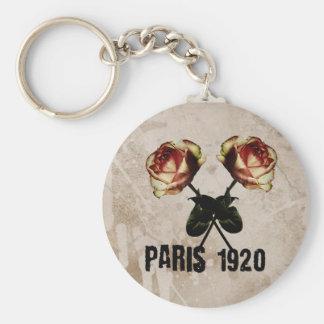 Carry key Paris 1920 Vintage Basic Round Button Keychain