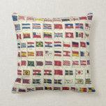 Carta de las banderas nacionales del vintage - cre almohadas