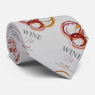 Carta de vinos, la corbata del hombre del perito