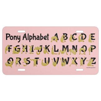 Carta flexible del alfabeto del potro el | placa de matrícula