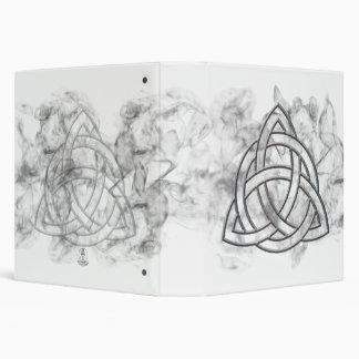 """Cartabón de plata de Triquetra Carpeta 1 1/2"""""""