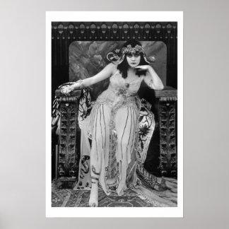 Cartel de película de Theda Bara Cleopatra B&W Póster