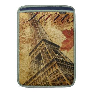 Cartel del vintage de París Fundas MacBook