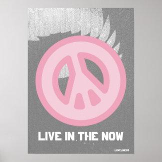 Cartel Now- Cust de la Paz- interna verdadera ang Posters