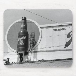 Cartelera de publicidad de la cerveza, 1940 alfombrilla de ratones