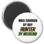 Cartero del cazador del día por fin de semana iman para frigorífico