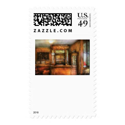 Cartero - la oficina de correos sellos postales