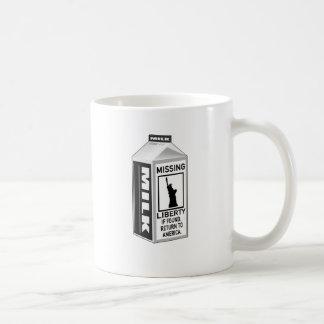 Cartón que falta de la leche de la libertad tazas de café