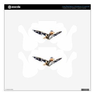 Cartoon Buzzard Flying Seen from Below PS3 Controller Skins