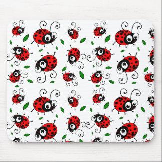 Cartoon ladybugs pattern mouse pad