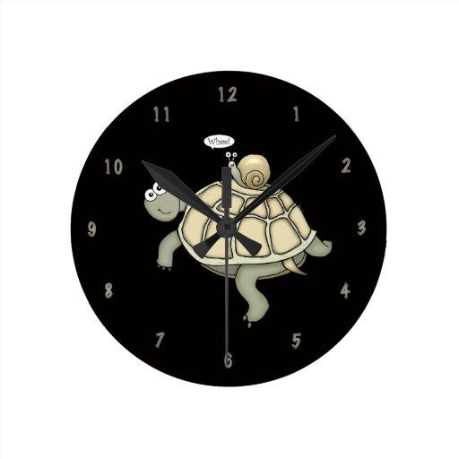 "Cartoon turtle and snail ""Whee!"" clock"