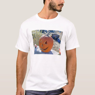 Carved pumpkin on grave stone T-Shirt