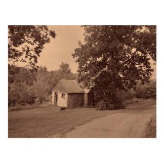 Casa abandonada tarjetas postales