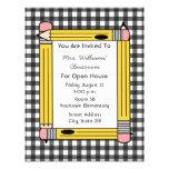 Casa abierta de la sala de clase: Lápices amarillo Invitación