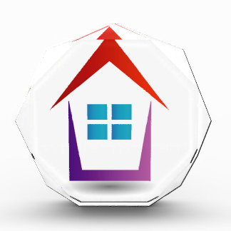 Casa abstracta con las ventanas
