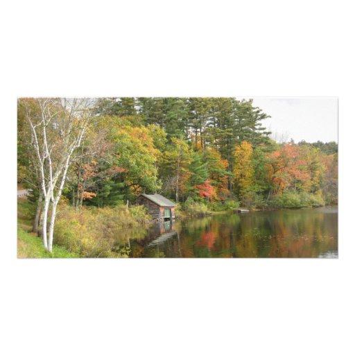 Casa barco en el lago tarjetas fotográficas personalizadas