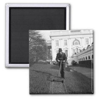 Casa Blanca, césped verde, los años 30 Imán Cuadrado