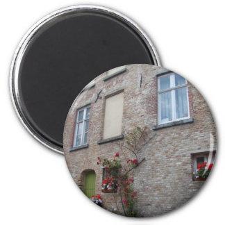 Casa de Brujas Imán Redondo 5 Cm