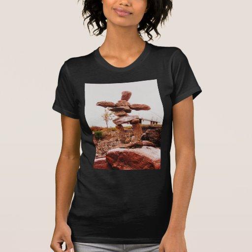 casa de campo dominante 043 del río camisetas