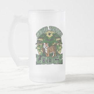 Casa de campo sobria del valle jarra de cerveza esmerilada
