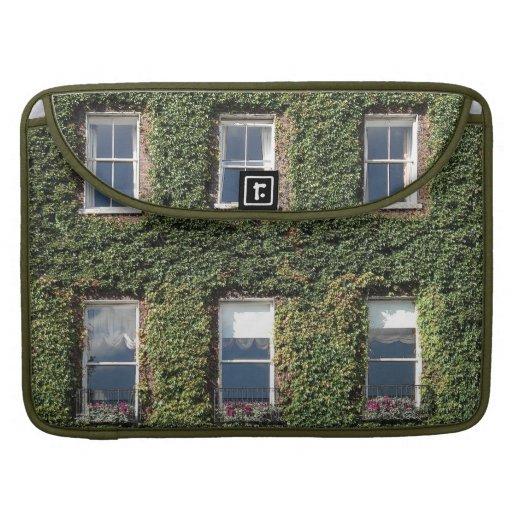 Casa de ciudad de Dublín Windows e hiedra Macbook  Funda Macbook Pro