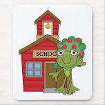 Casa de la escuela de la rana alfombrilla de ratones