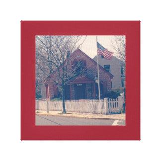 Casa de la escuela en foto vieja impresión en lona estirada